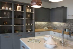 Retail dressing of kitchens and bathrooms