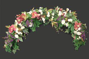 Artificial garland of flowers